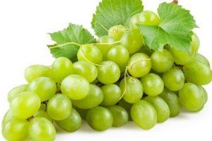 فوائد العنب الاخضر للرجيم