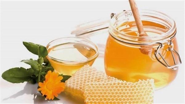 ماسك العسل والليمون لتفتيح البشرة